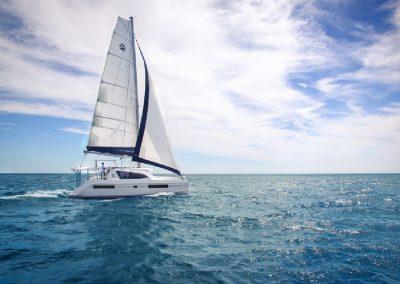 boat-leopard-40-on-sea